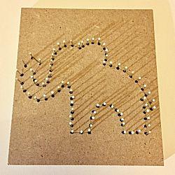 Spijkerschilderijtje Olifant het begin