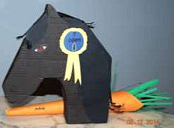 Surprise ideeën (11) paardenhoofd met een gedicht in de vorm van een wortel