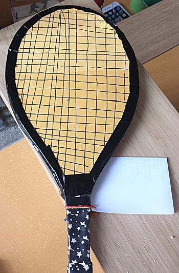 Racket vergroot surprise