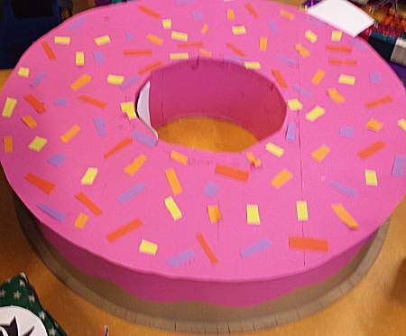 surprise grote donut