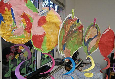 Slinger van getekende ballonnen