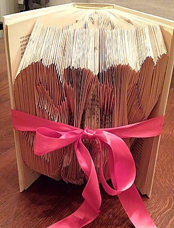 Vouw een boekkunstwerk